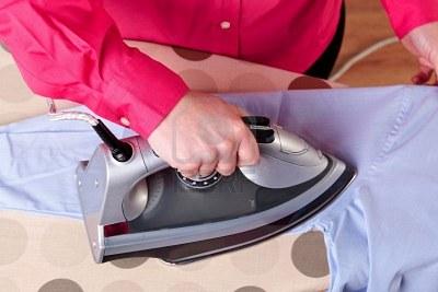 stirare camicia video