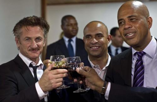 Sean Penn diventa ambasciatore di Haiti04