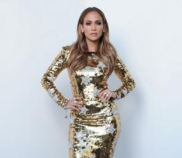 Jennifer Lopez in Dolce & Gabbana 01