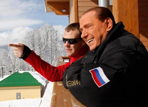 Russia, incontro in montagna tra Berlusconi, Putin e Medvedev018