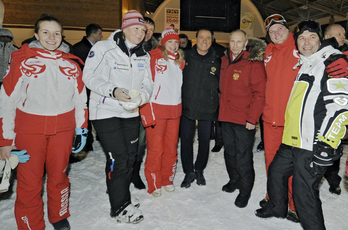 Russia, incontro in montagna tra Berlusconi, Putin e Medvedev020