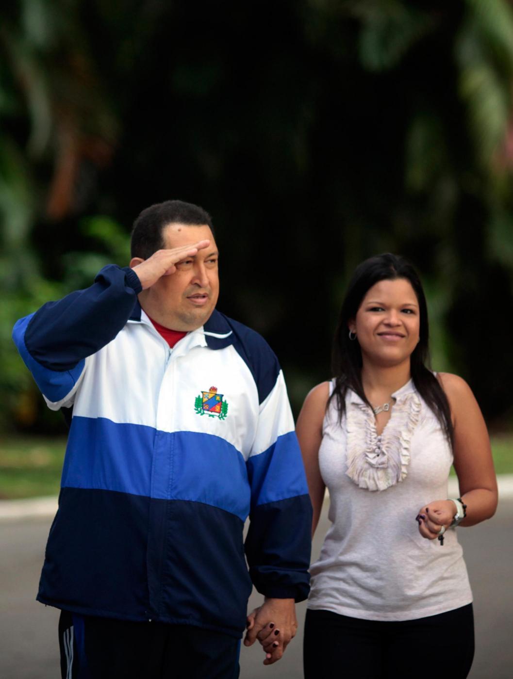 Chavez a Cuba con le figlie 03
