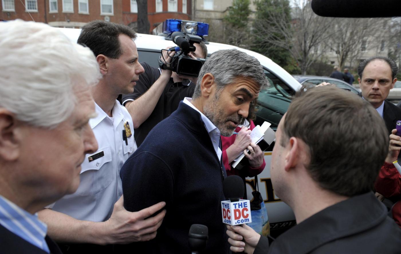 L'arresto di George Clooney 04