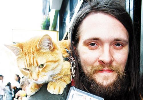 James Bowen gatto Bob 07