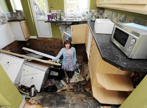 La casa collassa 24 ore dopo la vendita02