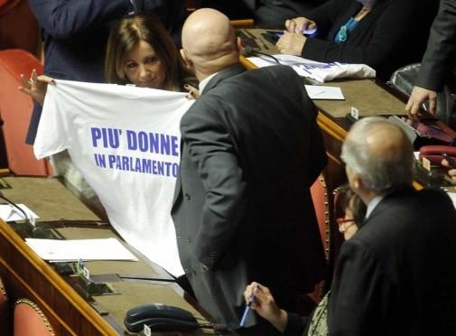 Maglietta più donne in parlamento 02
