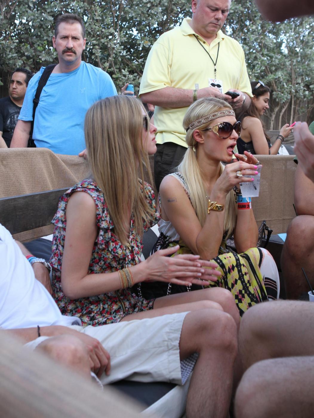 Paris Hilton e il fidanzato, il DJ Afrojack04