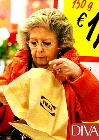 Elsa Monti shopping 02