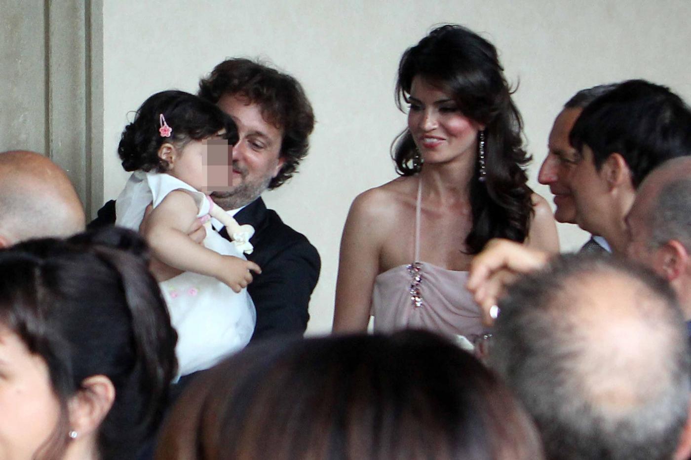 Laura Torrisi e Leonardo Pieraccioni con la loro bambina07