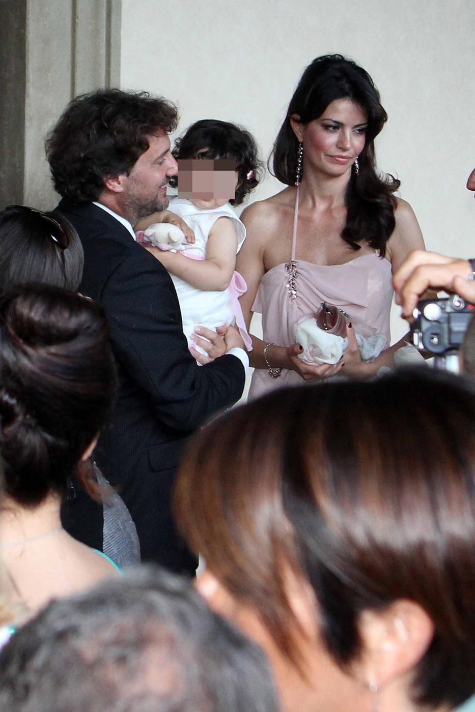 Laura Torrisi e Leonardo Pieraccioni con la loro bambina04