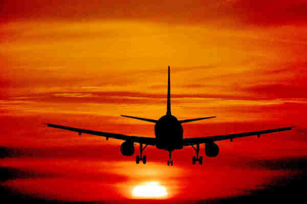 Vacanze 2012 più care: 5 € in più a notte, 50 € per i voli | Ladyblitz