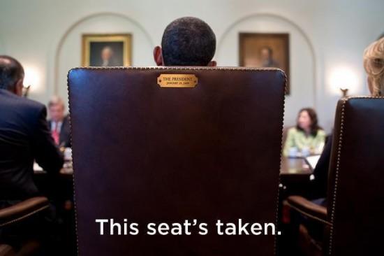 Obama replica a Clint Eastwood su Facebook