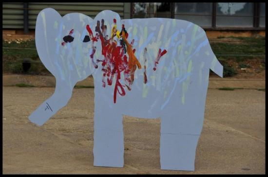 L'elefante pittore 04