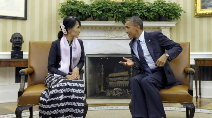 Obama incontra Aung San Suu Kyi alla Casa Bianca01