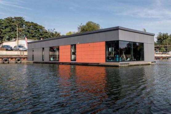 Polonia, la casa ultra-lusso è galleggiante 02