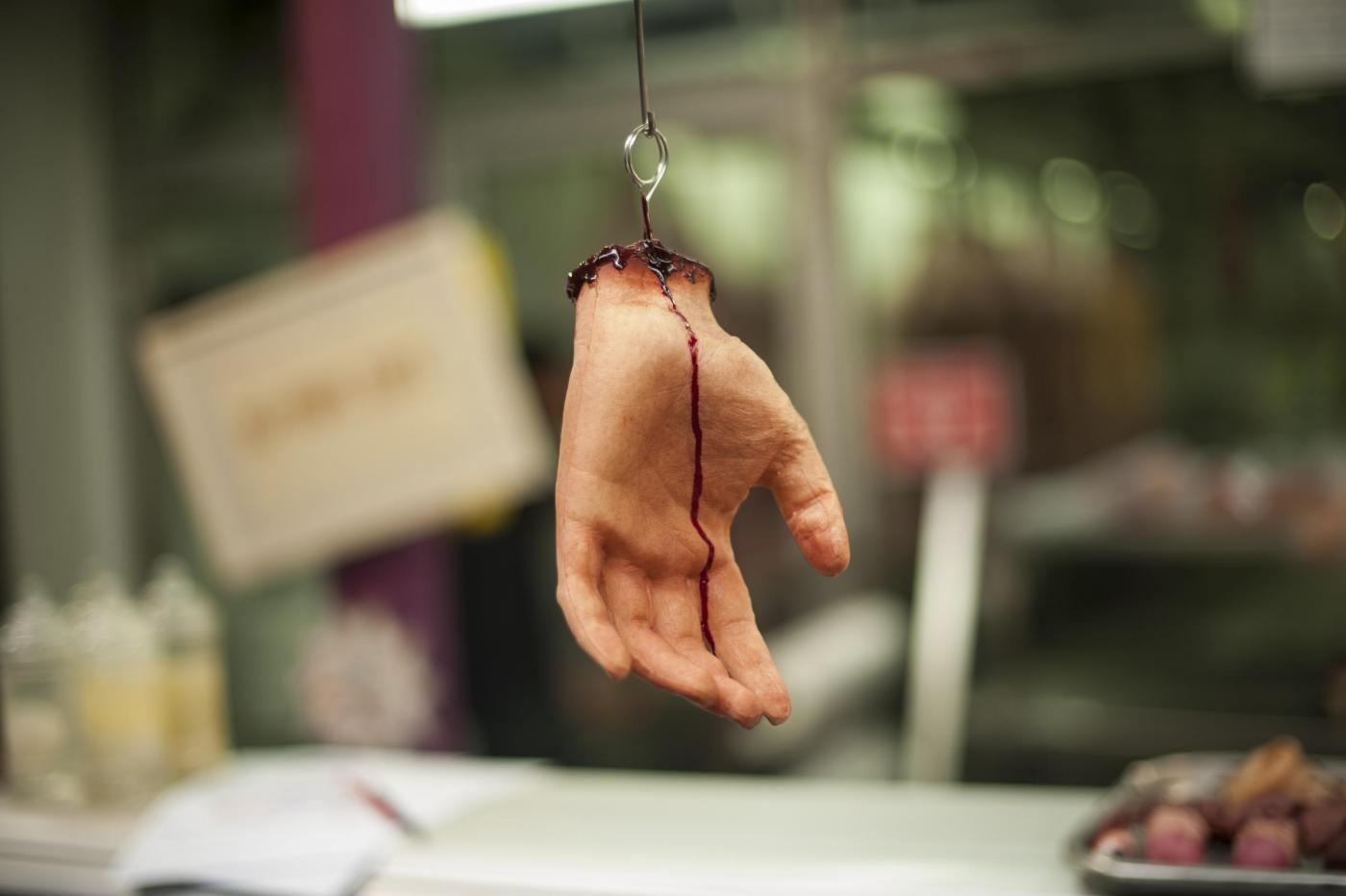 La macelleria 'Human butchery' apre a Londra12