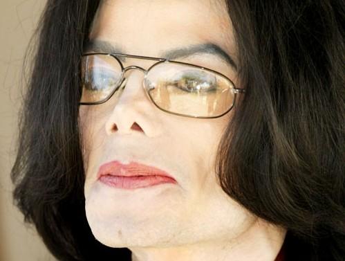 """""""Michael Jackson, mi molestò da 10 a 14 anni"""", nuove accuse di pedofilia"""