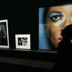 Mario Testino con la sua mostra 'In Your Face' a Boston04
