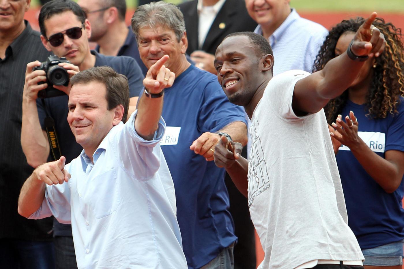 Usain Bolt con il sindaco di Rio De Janeiro Eduardo Paes03