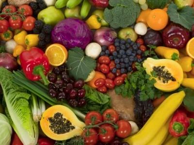 Moscerino che uccide la frutta: caccia in mezza Europa