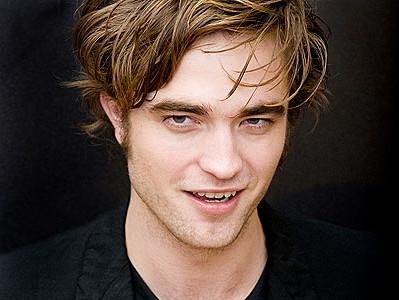 "Robert Pattinson e Dylan Penn innamorati, papà Sean: ""Evita passi falsi"""