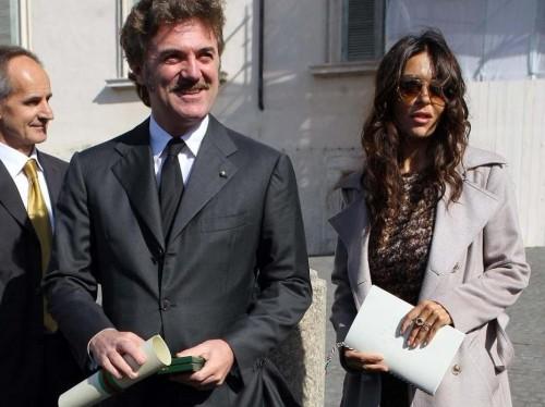 Sabrina Ferilli, marito Flavio Cattaneo nuovo AD Telecom