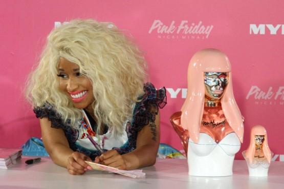 Nicki Minaj al lancio del suo nuovo profumo05
