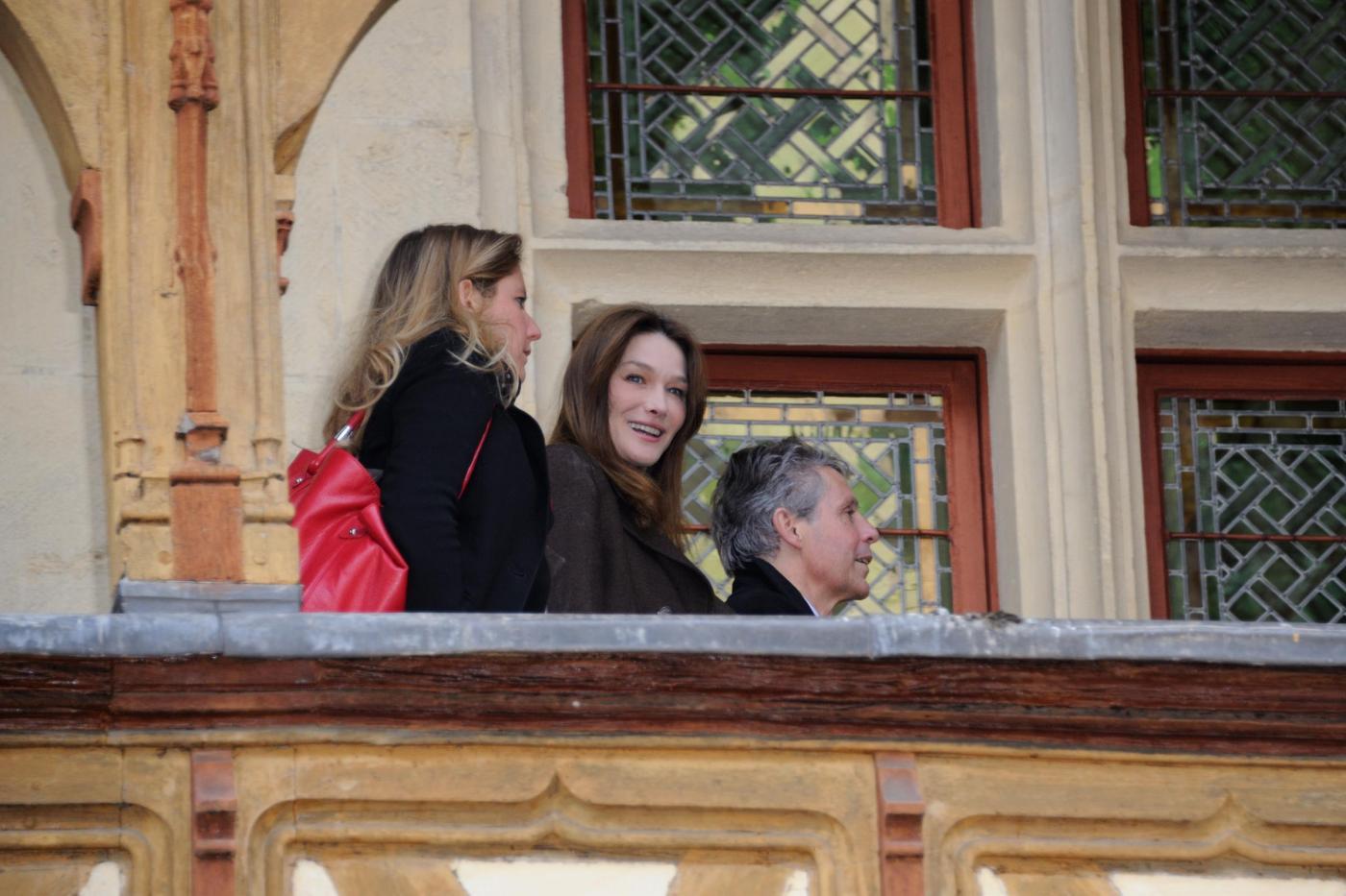 Carla Bruni-Sarkozy alla 152° Wine Charity03