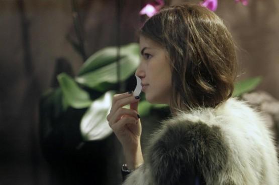 Francesca Fioretti in profumeria a Milano02