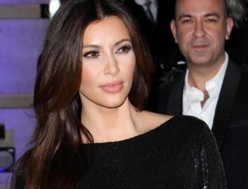 Kim e Kourtney Kardashian presentano la loro linea di moda a Londra09
