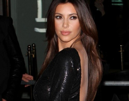 Kim e Kourtney Kardashian presentano la loro linea di moda a Londra02