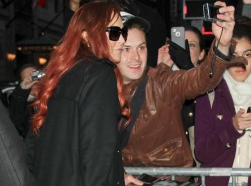 Lindsay Lohan in tv per promuovere il film sulla Taylor01