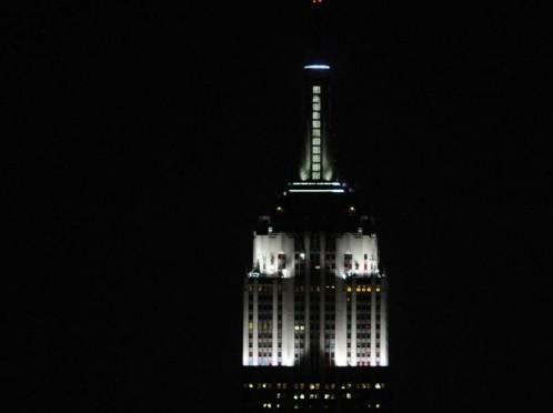 Alicia Keys accrende le nuove luci dell'Empire state building02