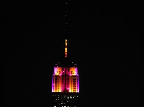 Alicia Keys accrende le nuove luci dell'Empire state building05