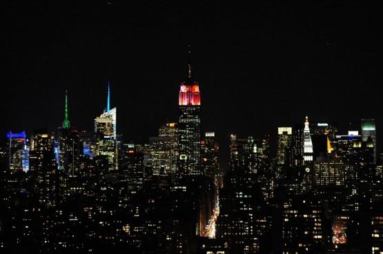 Alicia Keys accrende le nuove luci dell'Empire state building06