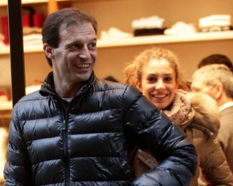 Massimiliano Allegri scherza con la figlia Valentina05