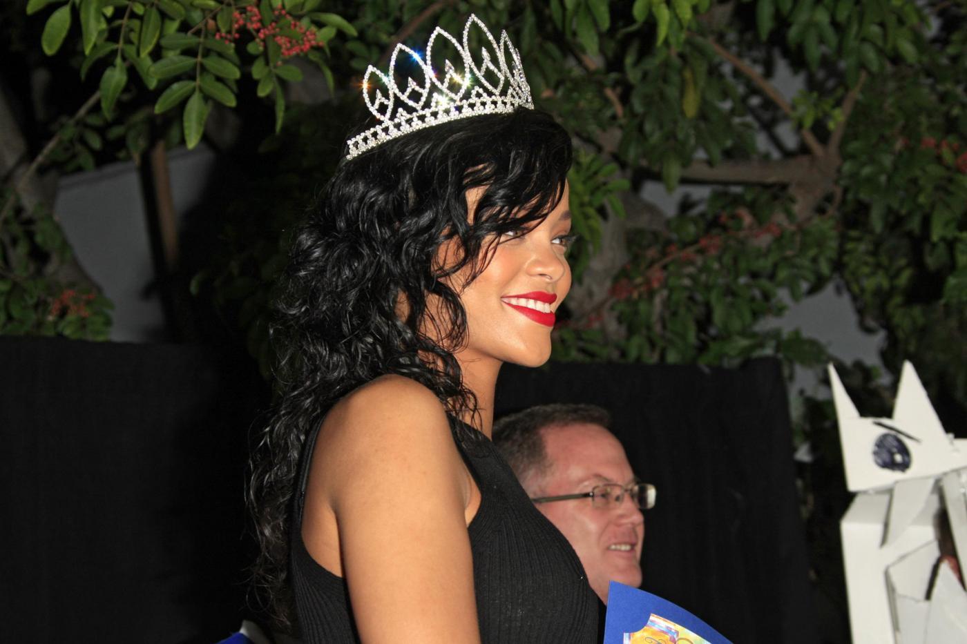 Rihanna incoronata regina di Halloween04