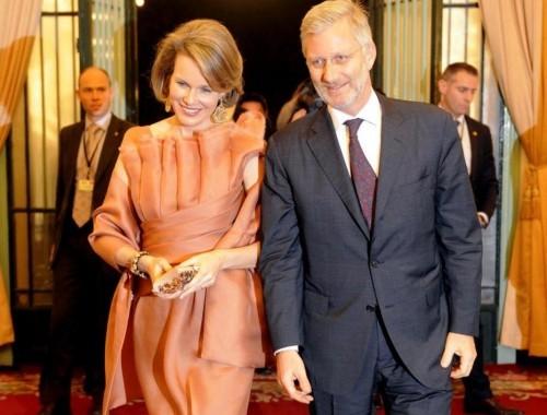 Belgio, re Alberto abdica: Philippe e Mathilde i nuovi monarchi