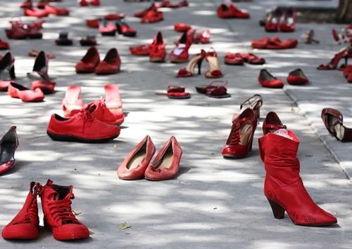 Elina Chauvet's scarpe rosse
