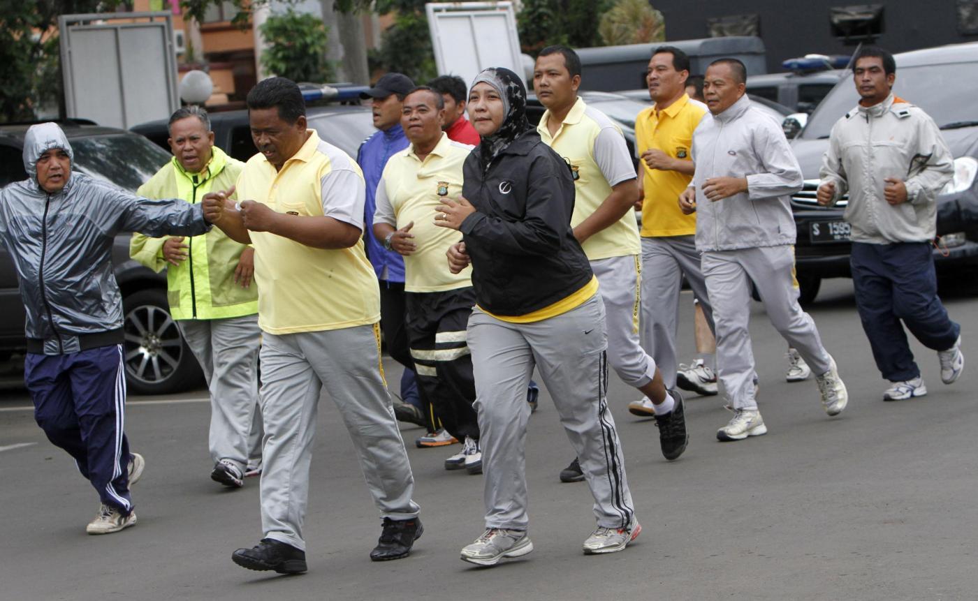 Programma di ginnastica per poliziotti sovrappeso01