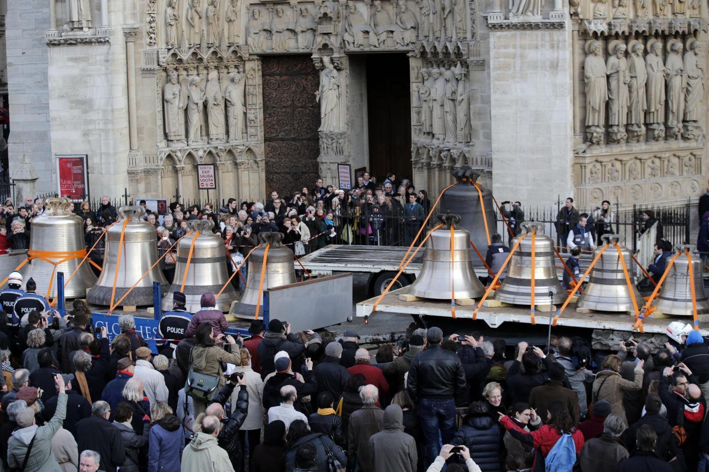 Parigi, le nuove campane di Notre Dame8