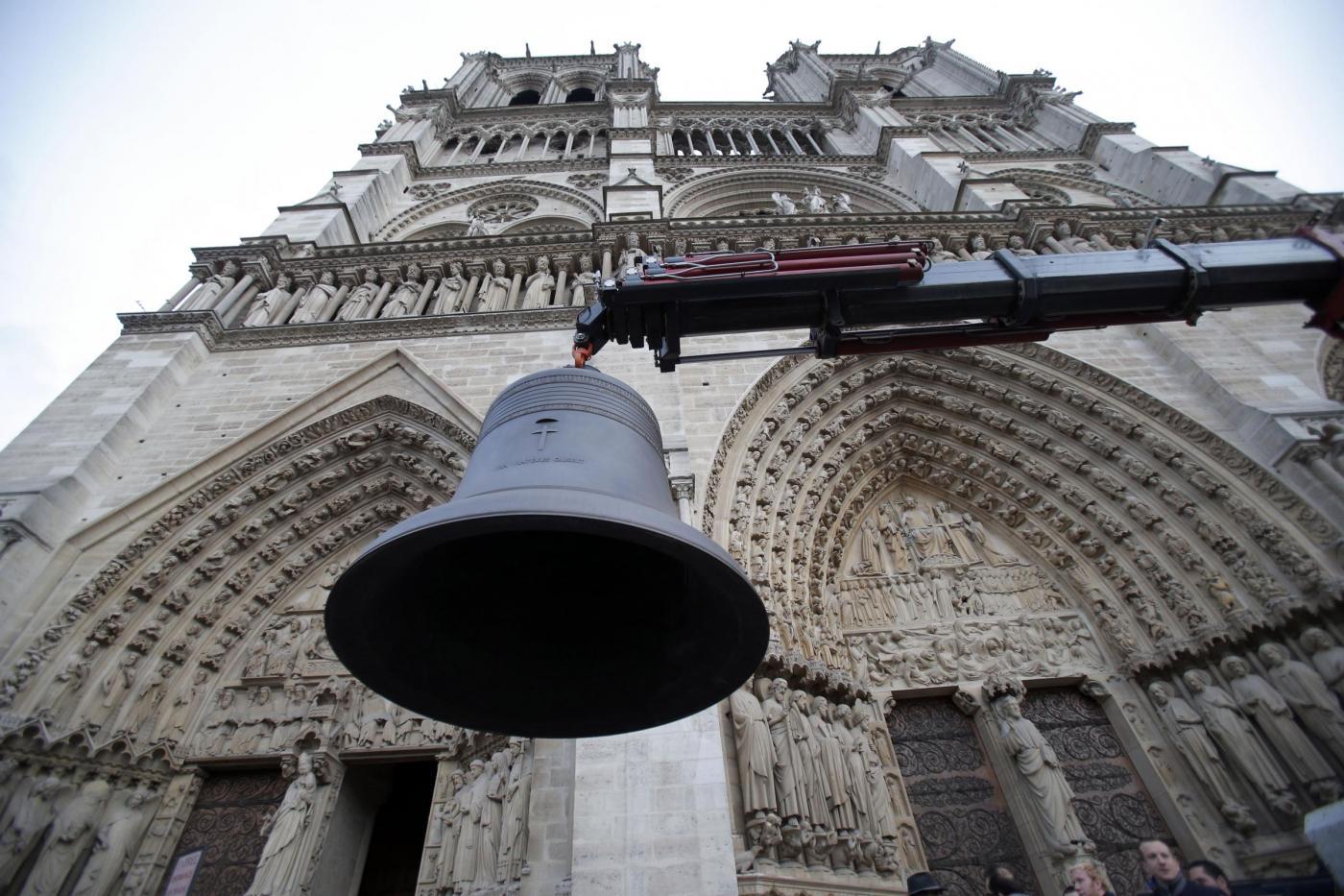 Parigi, le nuove campane di Notre Dame3