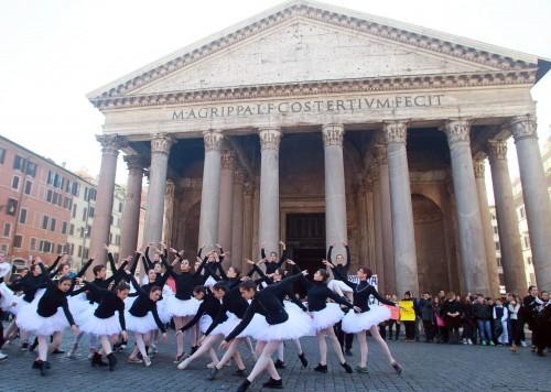 Accademia di danza, flash mob a Roma 02