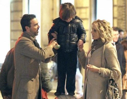 Roma, Brigitta Boccoli shopping con il compagno e il figlio04