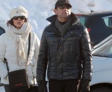 Carlo Conti con la moglie Francesca Vaccaro a Courmayeur03