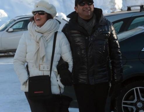 Carlo Conti con la moglie Francesca Vaccaro a Courmayeur04