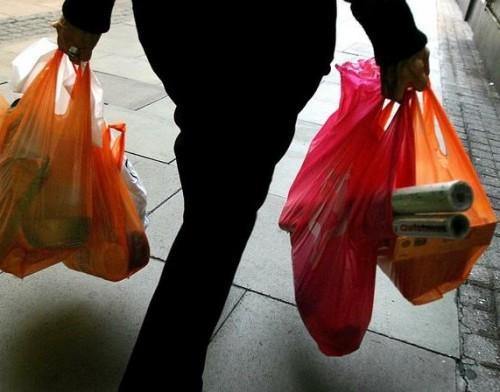 crollo consumi redditi indietro