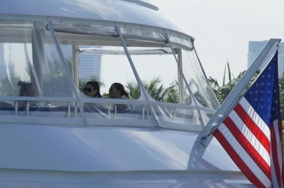 Jennifer Lopez in barca02