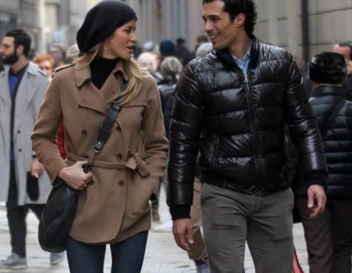 Elena Santarelli e Bernardo Corradi shopping a Milano01