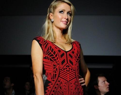 "Paris Hilton alle sfilate di ""Mango"" a Barcellona05"